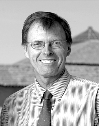 Welcome to the new member of our Scientific Committee: Prof. IAN HODDER
